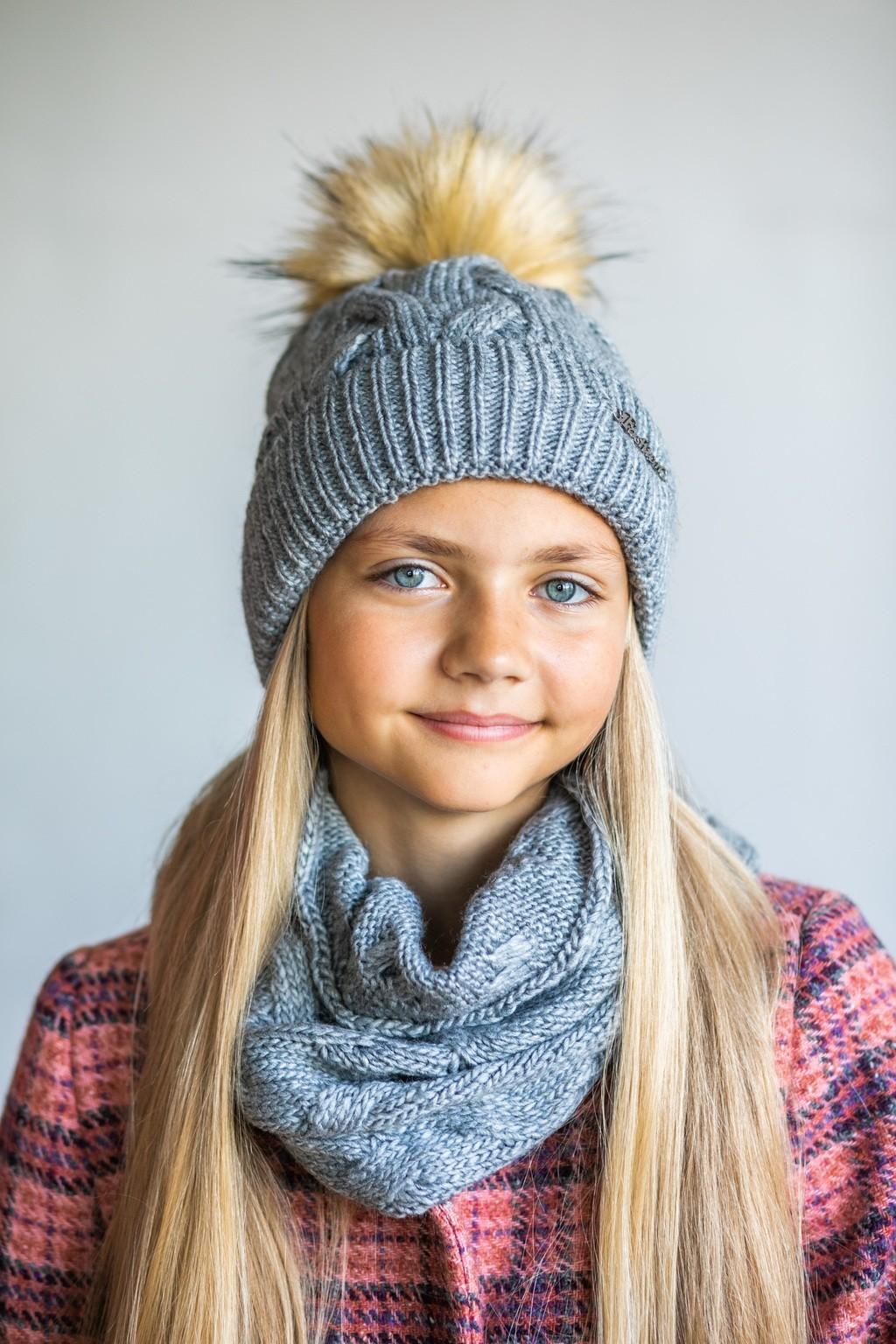 Шапка з хомутом сіра для дівчаток (підлітків) 7-15 років